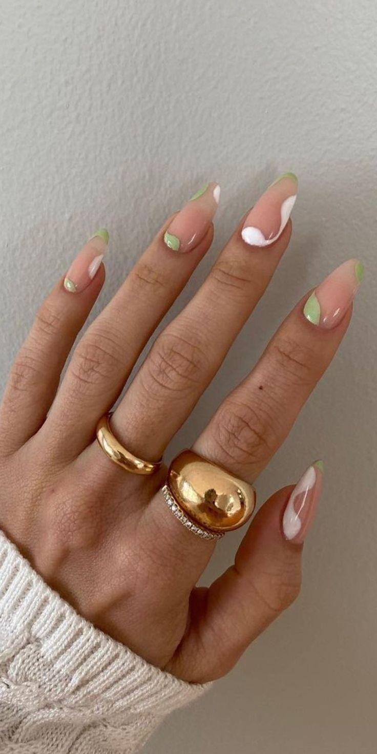 elegante natural nails | Multicolored nails, Minimalist