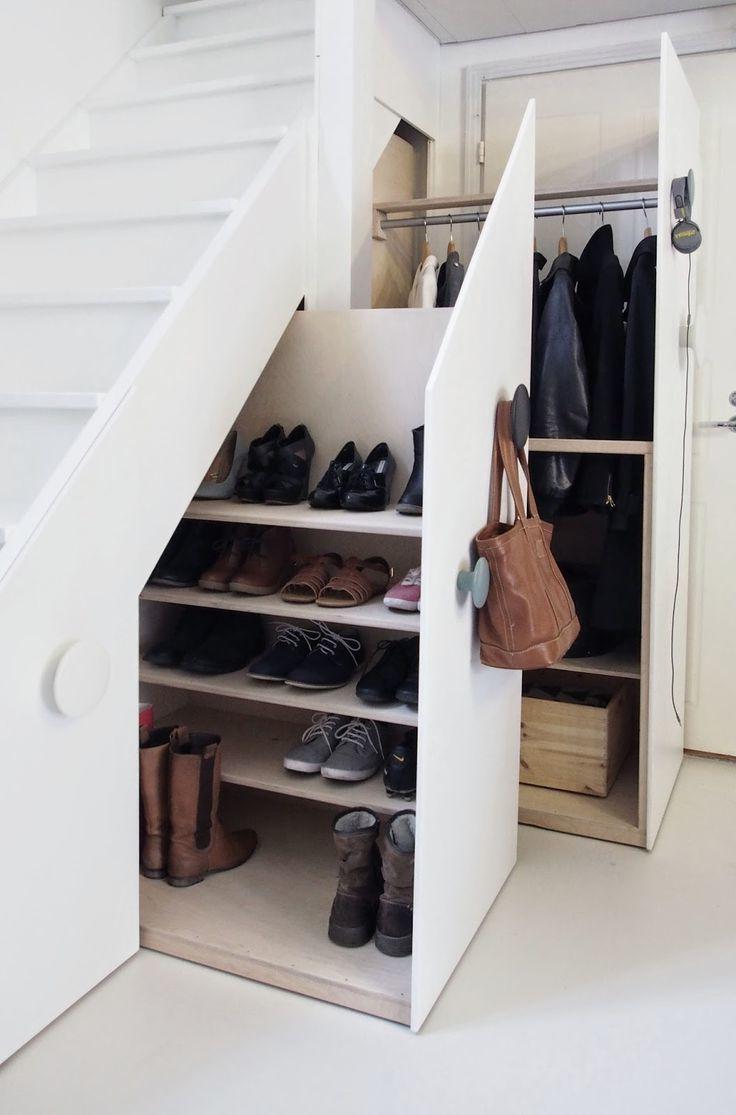 Garderobe unter der Treppe – die Perfekte Lösung …