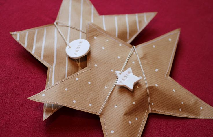 Sewn kraft star from Jeanne and the Moon. Decorate with white marker polka dots, stripes or other and fill with treats.