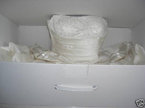 Wedding dress storage box 15 sheets ph neutral acid free for Acid free box for wedding dress