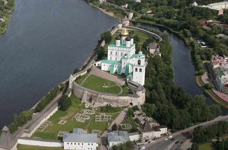 Картинки по запросу псковский кремль фото