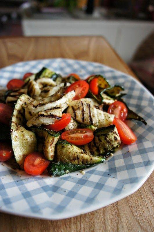 Gourmandises et Merveilles: Salade de rubans de courgettes, tomates cerises et...