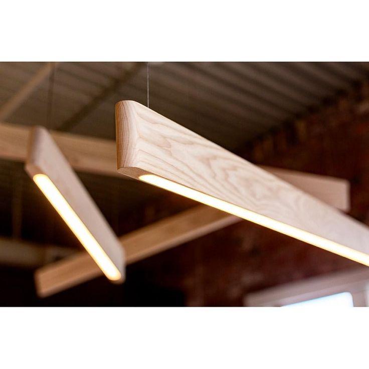 "614 Me gusta, 33 comentarios - Matthew McCormick Studio (@matthew.mccormick) en Instagram: ""Friday night hangout.  White Ash Line Light installation @mcfarlanebiggar. pc: @tammrzz…"""