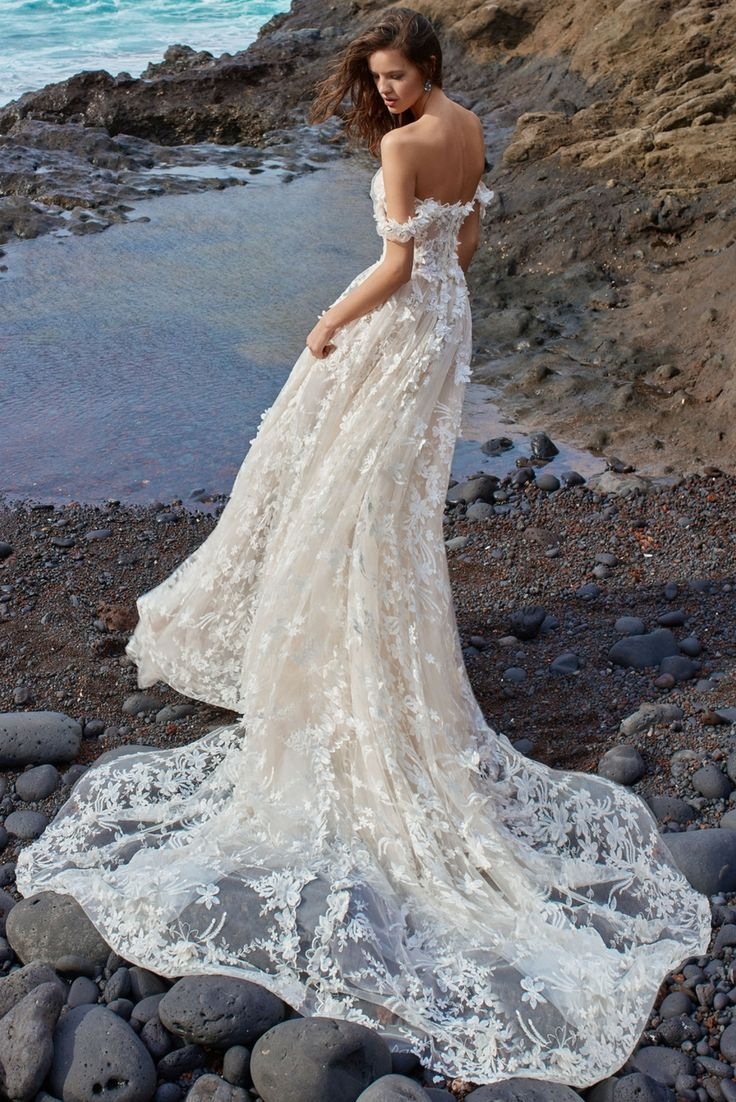 Wouldnut the gala wedding dress from collection no be perfect