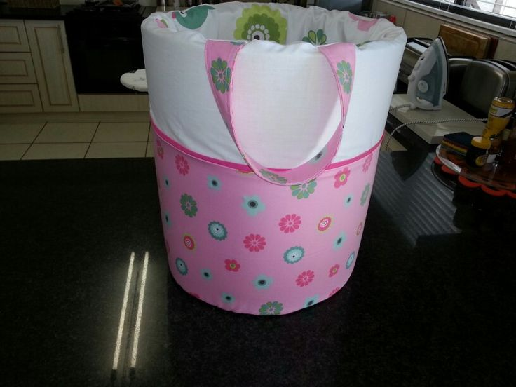 Laundrybasket for baby room