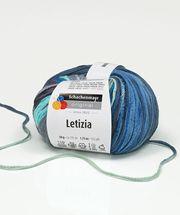 Az extra hosszú tónus a tónusban szálfutás miatt a Letizia fonal színei úgy jelennek meg akár egy akvarell festményen. A kifinomult fényes részletek gondoskodnak a különleges csillogó hatásról. Magas pamuttartalma által a Letizia fonal ideális szellős felsőrészek elkészítéséhez.