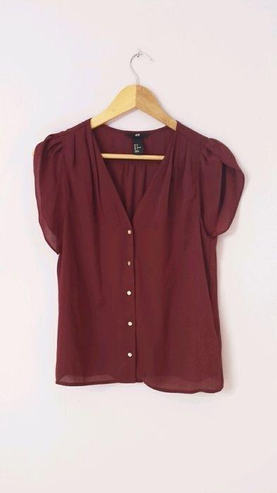 #hm #bluzka #bordowa #bordo  Mam do sprzedania bluzkę z hm bordową, brak jakichkolwiek sladow uzytkowania, jasne guziczki....