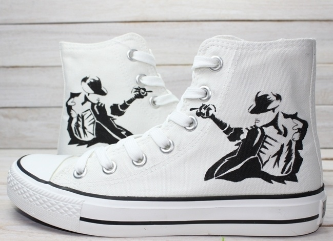 Michael Jackson Converses! I WANT THIS!!!