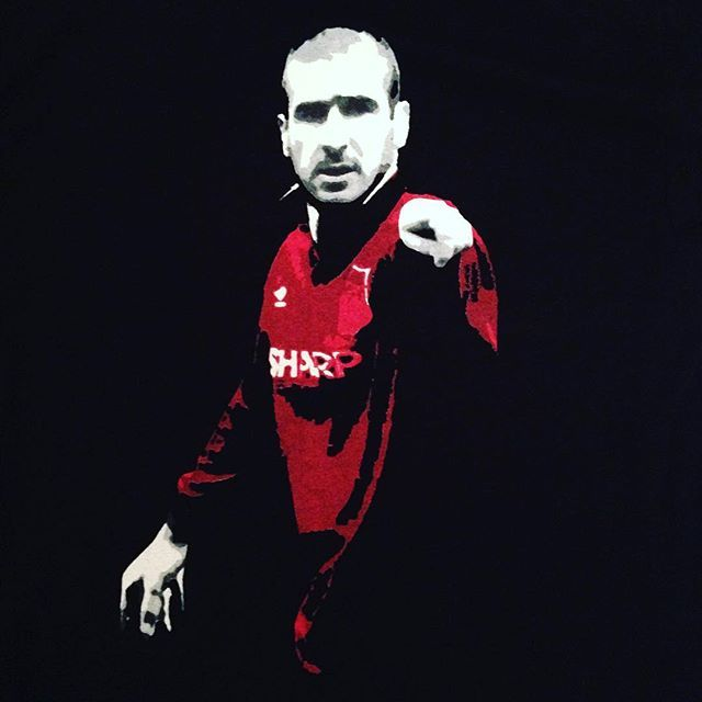 King Eric Manchester United t shirt. £9.99 - link to our store is in our bio #ericcantona #eric #cantona #mufc #manchesterunited #manunited #manutd #reddevils #oldtrafford #vintage #vintagefootball #retro #retrofootball #90s #90sfootball #premierleague#premiership #soccer #legend #legendoffootball