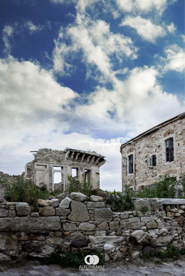 Foça Mart 2014 Alper YILMAZ.  Eski Foça İzmir günümüzden güzel fotoğraflar. #phokaia #foca #izmir #turkey