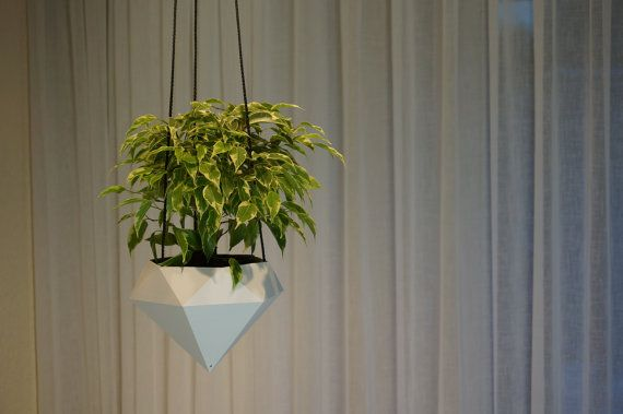 Hanging planter diamond that is 3D printed with durable, high quality and biodegradable Pla-Pha 3D printing material. You can also place it on your