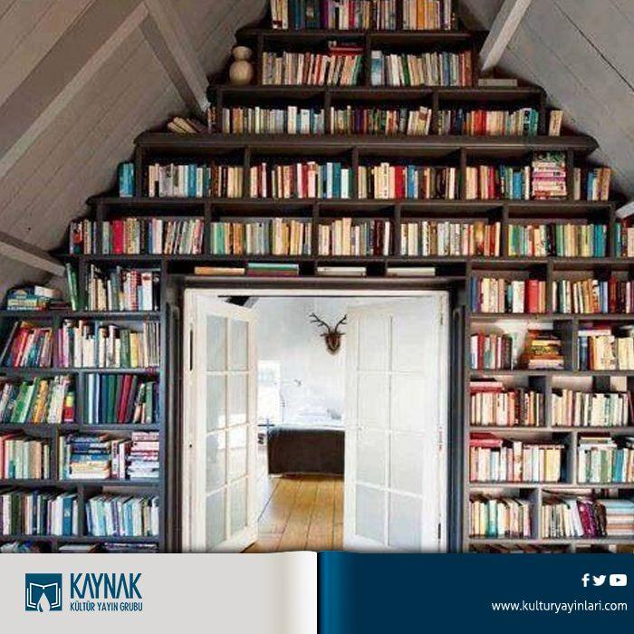 Merhaba kitapseverler, Türkiye'de günde ortalama beş saat televizyon seyredilirken, kitap okumaya yılda sadece altı saat ayrılıyor. Peki sevgili takipçilerimiz günde kaç saat kitap okuyor? #kitapsevgisi #kitap #kitapkaynağı #kaçsaatkitap