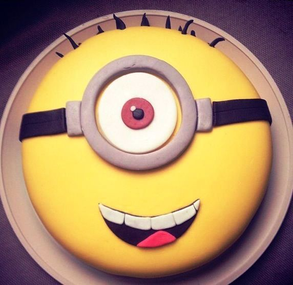 Stylish Board 10 Minion Cakes You Can Make For Any Birthday!
