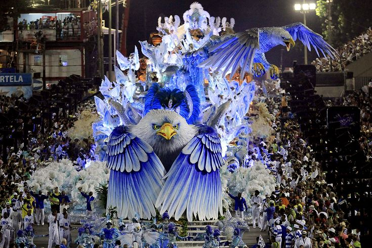 2014 Carnival in Rio de Janeiro - Framework - Photos and Video - Visual Storytelling from the Los Angeles Times/