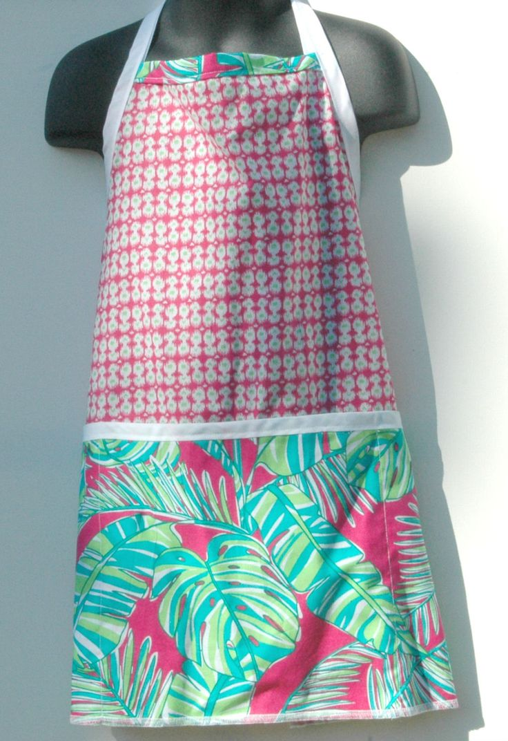 Child chef apron, straight cut in beautiful vibrant colors, perfect gift for the little cook by CreationsNikki on Etsy