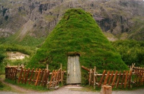 Earth shelter norway fairy gardens pinterest Earth shelters
