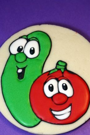 Gluten-Free decorated cookies!  larry the cucumber and bob the tomato veggie tales