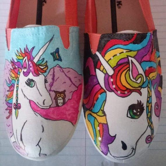 Hand painted unicorn shoes !  so cute! #toms #unic…