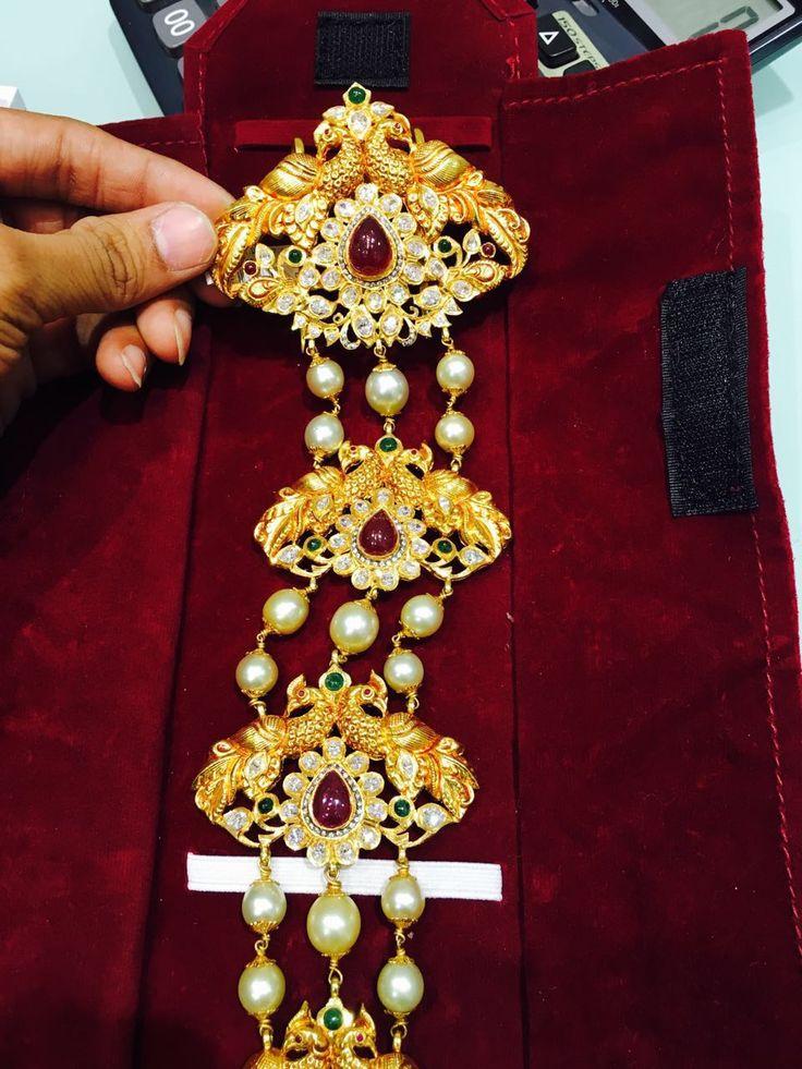 Gold Jada with pearls in between