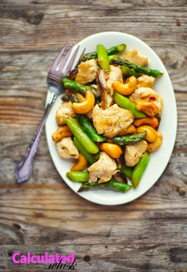 Cashew Chicken with Asparagus & Shiitake Mushrooms / acalculatedwhisk.com