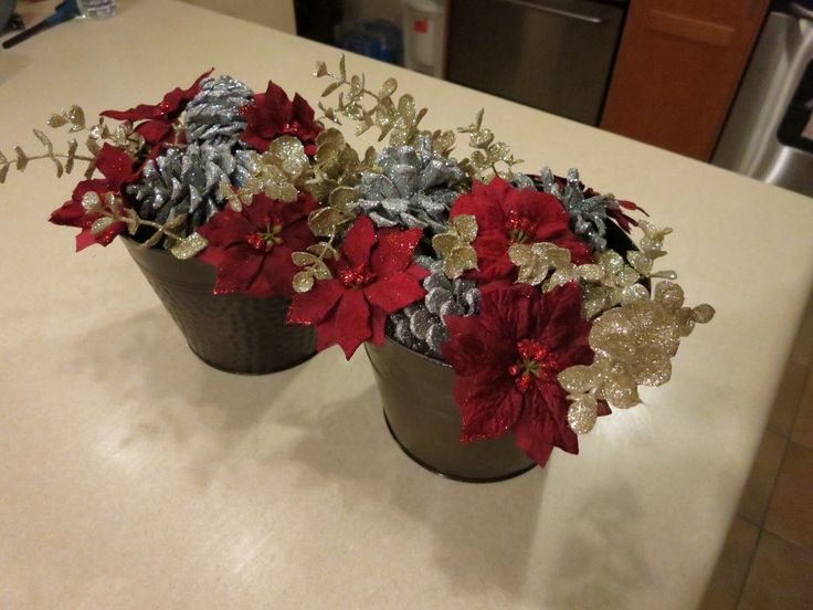 Super easy to DIY these beautiful Christmas Copper Containers! Check out the tutorial!