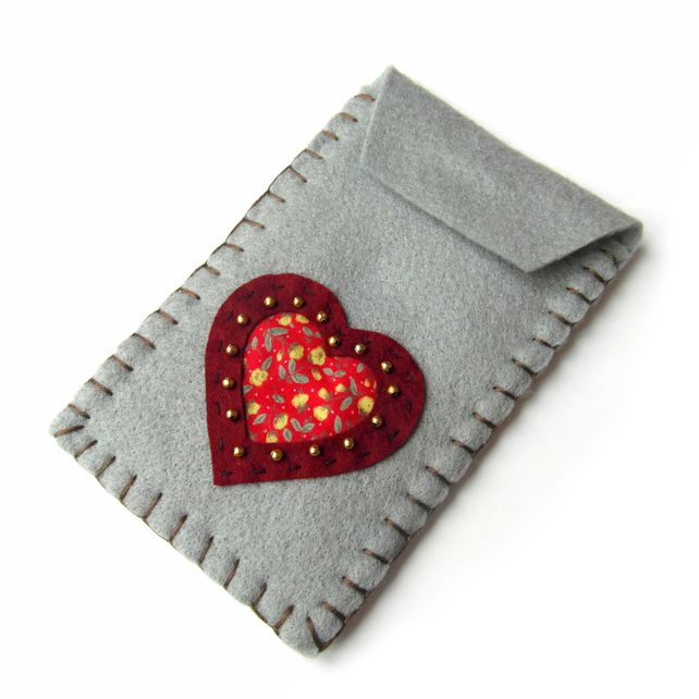 Heart Iphone Case - Felt - Mothers Day £8.00
