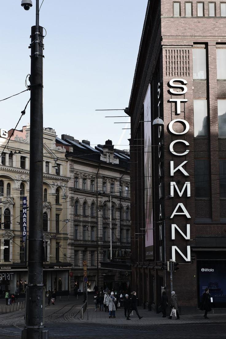 Stockkan kulmalla  #tuulafriman #kiinteistönvälitys #lkv #helsinki #laatuyritys #stockmann