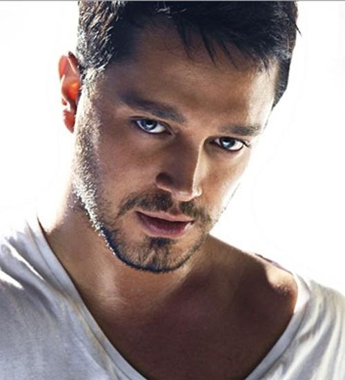 Murat Boz turkish pop singer- türk pop sarkıcısı