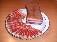 Das perfekte Wursten: Schweinebauch, gepökelt und luftgetrocknet-Rezept mit einfacher Schritt-für-Schritt-Anleitung: Gewürze mischen und Fleisch damit…