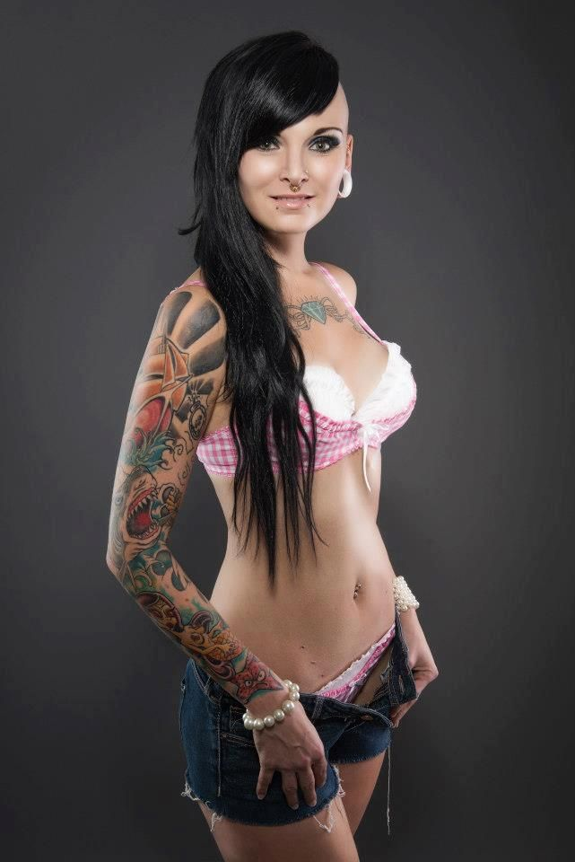 ... Girls | ink my world | Pinterest | Inked Girls, Ink and sexy Tattoos: www.pinterest.com/pin/98586679314436079