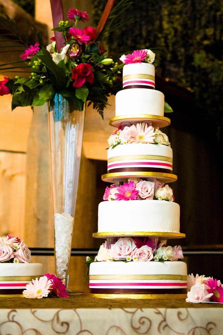Hochzeitstorte Streifen