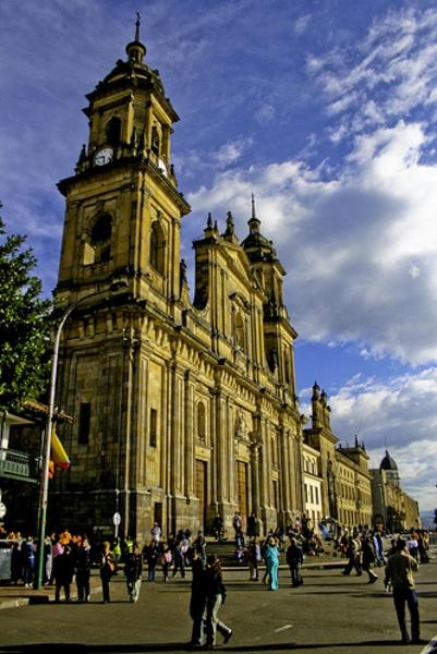 Catedral Primada Basílica Metropolitana de la Inmaculada Concepción de María (nombre Oficial). Bogotá Colombia