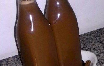 Liquore alla cannella e cioccolato