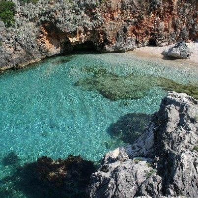 Jale, Albania been heree!!!! akuariumi beach, jale!!!