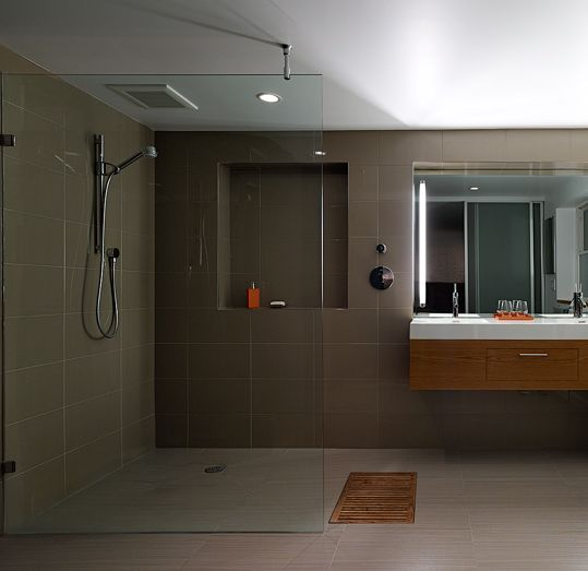 Com Linear Shower Drains And Barrier Free Bathrooms Architecture San Francisco Curbless Shower Design