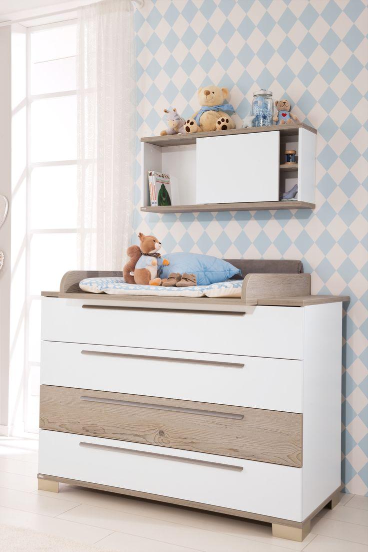 Cute PAIDI CARLO Babyzimmer Ideen in den Farben wei und hellblau mit Schiebent renregal nicht nur f r kleine R ume Obere Schublade der Wickelkommode mit