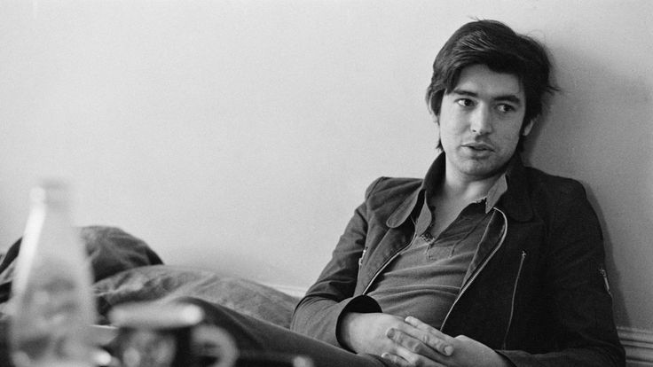 He turned down the Rolling Stones, stood in for Jimmy Page, was the first man to record the Sex Pistols, and was the Womble with the Flying V. He's the extremely well-connected Chris Spedding
