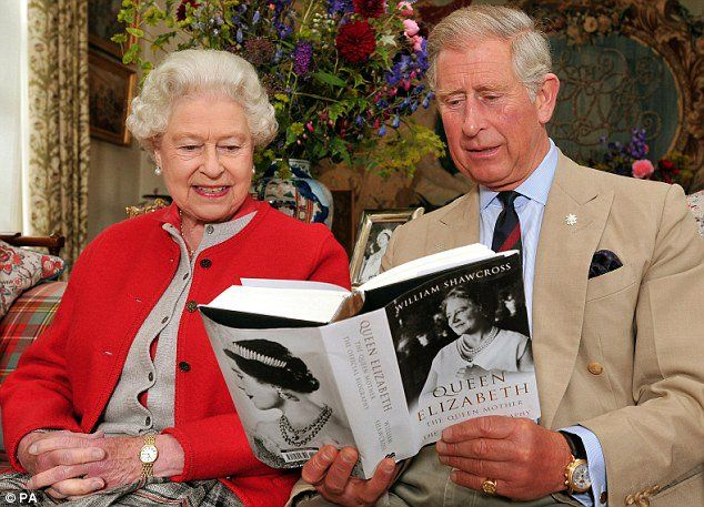 """RoyalistSupporter on Twitter: """"Love this, The Queen and Prince Charles reading the official biography of The Queen Mother."""