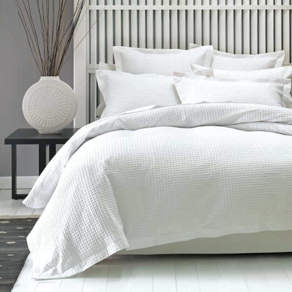 Pin By Ellie Wilson On Playroom White Quilt Cover Duvet Cover Sets Geometric Duvet Cover