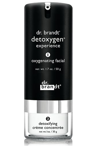 Award-winning synergistic two-step system that oxygenates and detoxifies to reveal glowing, revitalized skin, mimicking an in-office oxygen facial. Double happiness for your skin.    maximizes oxygen transportation into skin cells  neutralizes toxic effects  detoxifies skin cells  revitalizes & re-energizes lackluster skin for a fresh, luminous look.  protects against skin hazards.