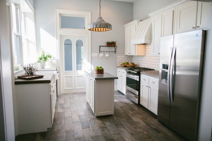 5th St./Cameron Park- BEST KITCHEN EVER!! Door with Window Over, 3 Windows Over Sink, FLOOR, Backsplash, Cabinets, Concrete Counters, Stainless Island, Lighting (Magnolia Market)