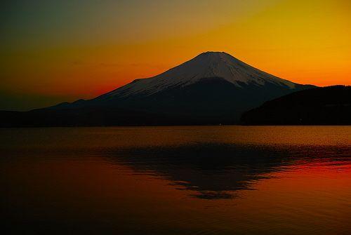 Mt.Fuji 燃ゆる富士の山