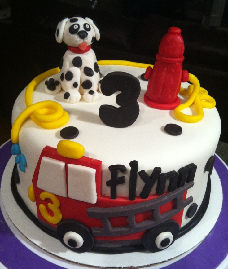 Cute Firefighter Cake   Shared by LION