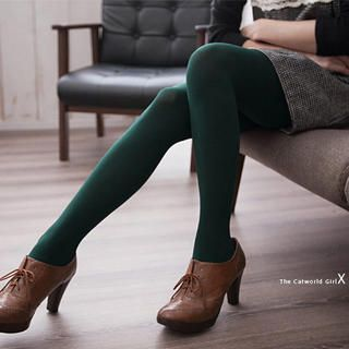 forest green tights! {@Jenny Patel}