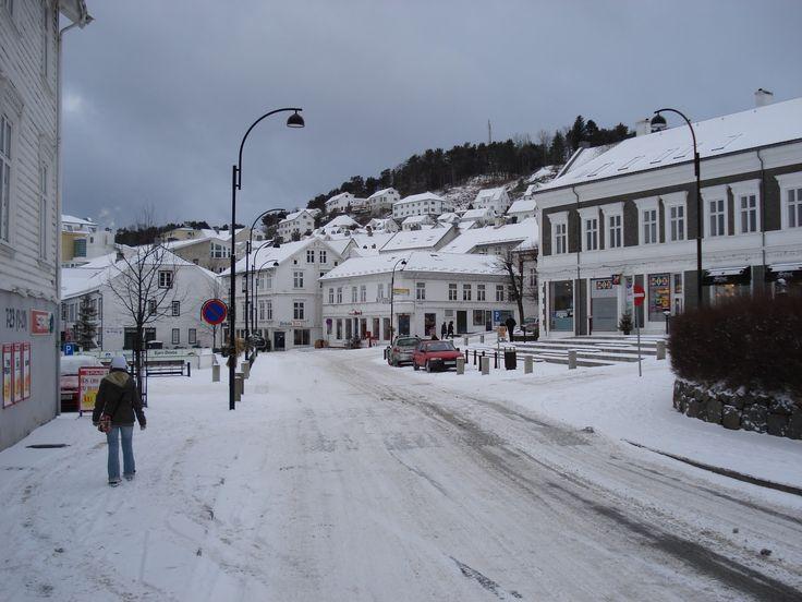 Znalezione obrazy dla zapytania norwegia zimą