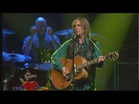 Tom Petty with Stevie Nicks ~Learning to Fly~ (This is my favorite Tom Petty and the Heartbreakers song)