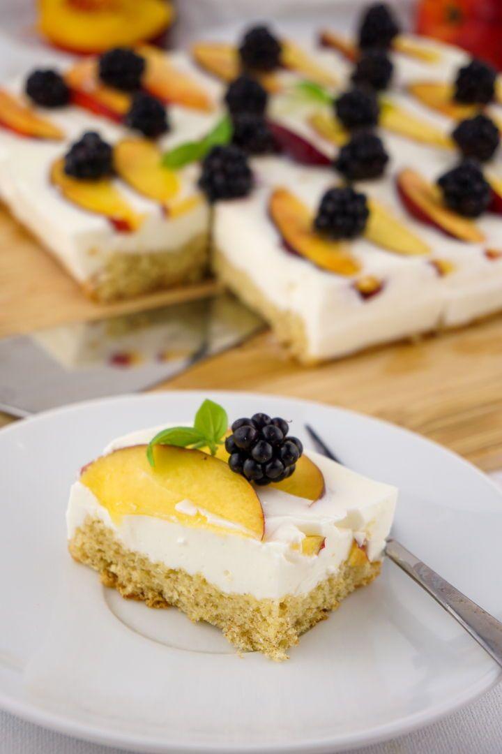 Kalorienarmer Joghurt Quark Kuchen Mit Fruchten Zuckerfreies Rezept Rezepte Zuckerfreie Rezepte Kuchen Kalorienarm