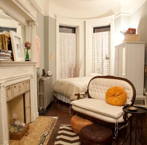 Harlem studio #NYC #apartment #Manhattan if I ever get a tiny NYC apartment... I hope it looks as cute as this