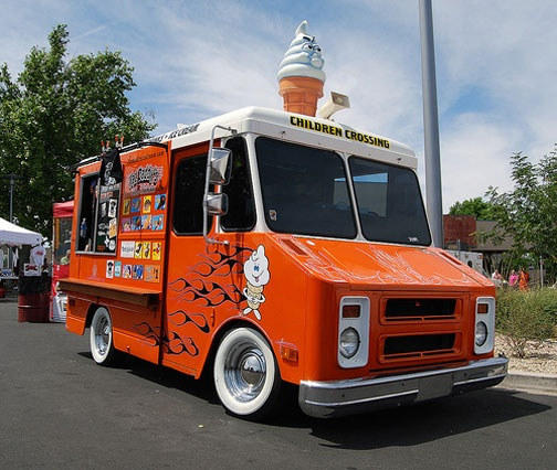 This is the original food truck I remember from the 60's.  I can hear the ringing now.