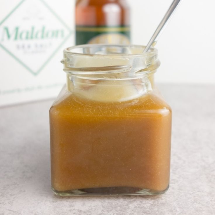 An easy recipe for homemade salted caramel sauce that's ready to drizzle over cookies, ice cream or pancakes in less than 15 minutes!